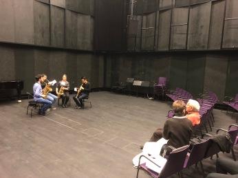 Vinko Globokar working on Discours V with saxo students at ZHdK 20917